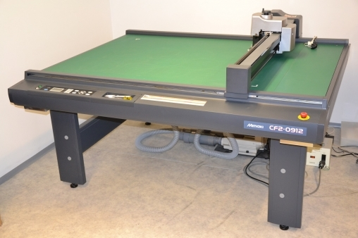 For sale mimaki cf2 0912 flatbed cutting plotter used product - Hoofd creatie gewatteerde bed ...
